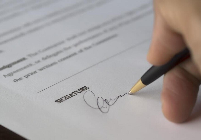 Ondertekenen arbeidscontract